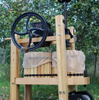 Using a Double Barrel Cider Press