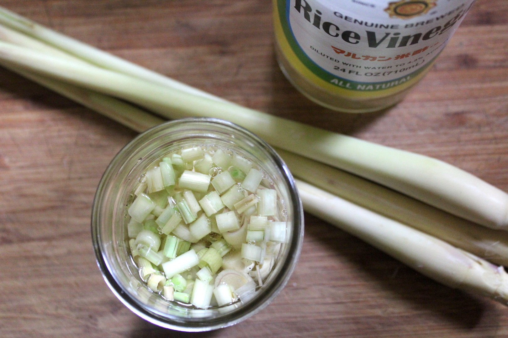 Preserving Lemongrass in Rice Vinegar for Pickled Lemongrass