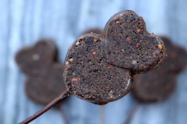 Pemmican Lollipops for Your Bushcraft Sweetheart